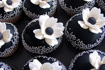 Cupcakes / by Sweet Bee Cake Design