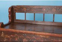 Népi festett bútorok