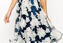Квітчасті сукні