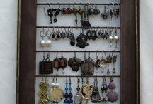* Jewellery  * Displays *