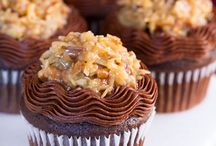 Cupcakes / by Cassandra Giovanni