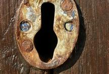 Key hole openings