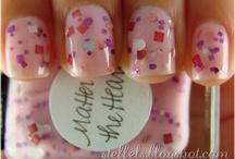 i like nails.  / by Taiylor Horn