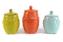 Owls, owls, owls / My new love for decorating.