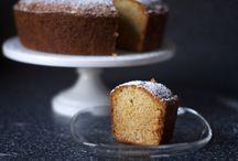 Sweets & Desserts / by Giulia Simonato