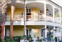 Charleston Wedding Venues / So many amazing wedding venues to choose from in Charleston, SC!