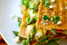 Food - asparagus / by pachicaboo