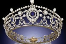 Crowns, Tiaras and Tidbits / Let's live vicariously!