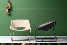 """Complementi - Shindo / Shindo è una poltroncina con struttura metallo tubolare rivestito da una seduta in cuoio resistente ma """"leggera"""" nella linea."""