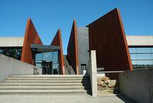 Centre de la mémoire d'Oradour sur Glane / Le village d'Oradour-sur-Glane garde les traces du massacre de 642 personnes le 10 juin 1944.