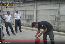 Video Demo Pelatihan Apar / Sonick Pemadam Api Indonesia atau Bintang Timur dalah sebuah perusahaan yang berdiri sejak tahun 2009, Sonick Fire merupakan perusahaan yang bergerak di bidang keselamatan, Khususnya Fire Protection Equipment, Kami berkomitmen untuk menjaga kualitas, kuantitas, dan profesionalisme dalam setiap pelayanan kami.