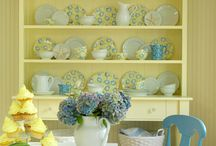 dining room / by Kathy Hardman