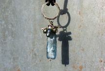 Silver and Labraorite Pendant 850.-NOK