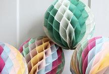 C>decorations>balls+baubles / by Claire
