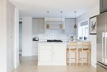 Lanncombe & New England Kitchens by Distinctly Living