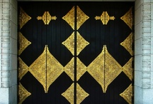 Trend 12 - 13 color: Gold and Black