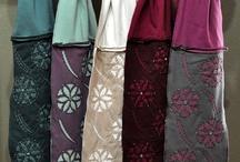 našívaná technika textil. vzorů_oděvy, šály, tašky