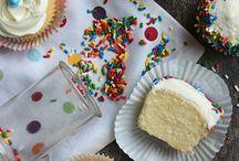 Cupcakes / by Lynn Carter