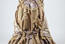 Costumes / by Noelle Calhoun