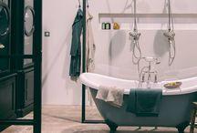 Salle de bain / Lieu de passage, la salle de bain doit être fonctionnelle mais aussi accueillante. Inspirez-vous et faites de vos matins un moment de plaisir dans une pièce agréable.