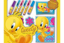 Licensed Stationery / Batman, Superman, Scooby Doo and Tweety Stationery Packs developed exclusively by SourceHUB