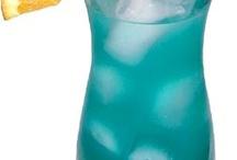 Fruity drinks / by Kelsee Gober