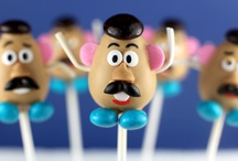 Adorable cake pops! / by Debbie Maxwell