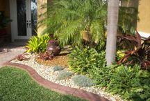 Yard Design / by Kelly Moskal Bolman