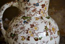 aardewerk uit Maastricht / serviesgoed