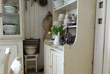 Farmhouse.....❤ / by Marlene Nel