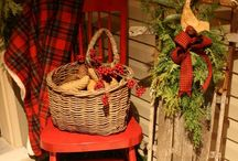 Christmas Front Porch / A few carefully chosen items and some natural elements make your front porch festive and inviting!