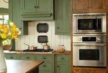 Kitchen / by Sandy Maresh