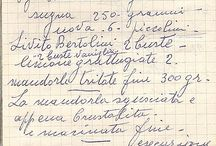 <<ricette scritte a mano / pagine di quaderni con ricette scritte di proprio pugno.