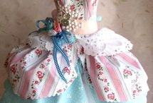 Mini dress forms & dresses only / Ideas for dressing dolls & other projects