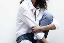 Jak nosić białą koszulę?