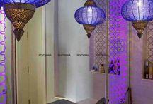 Bathroom Lighting / https://renomania.com/blog/how-to-choose-a-modern-bathroom-lighting/
