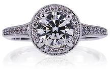 Ideal Surroundings / Lazare Diamonds® Ideal Surrounding Collection.