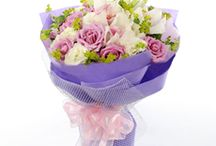 Easter Flowers for Singapore / Looking for the perfect gift to send a friend or loved one in Singapore? Never fear when NetFlorist Singapore is near! We have the best flower ideas!