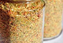 Gemüsebrühe, Soßenpulver & Salatdressing Pulver  selber machen