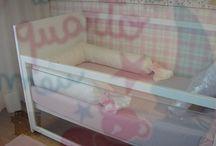 Camas com vista / Camas em acrílico para ver todo o que se passa com o seu bebé.