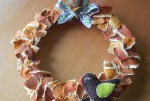 Coronas / wreath