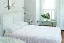 Bedrooms / by Nancy Aebersold