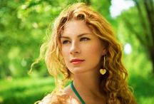СОВЕТИ ПОВРЗАНИ СО ОПАЃАЊЕ НА КОСАТА / Грижата за вашата коса е најдобриот начин за превенција на опаѓањето на косата. Во продолжение ќе ви презентираме совети кои би Ви помогнале во спречувањето на опаѓањето на косата како и во зачувувањето на убавината и здравјето на Вашата коса