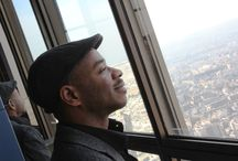When in Paris / Stephen went up to the 62nd floor viewing deck of the Montparnasse Tower to take in the view for about 20 minutes before going to a beautiful apartment in Paris's La Defense district. It took him 3 hours to reproduce the view on paper.