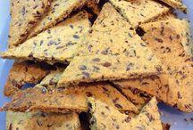 Crackers y bolitas energizantes