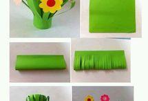 kwiaty w trawie