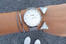 Armcandy / Bracelets, watches and rings.