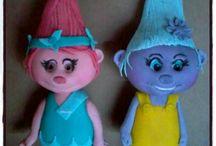 TROLLS / Troll cake & Cupcake toppers