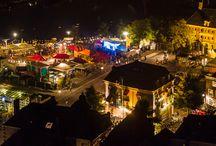 Manuscripta 2015 / Op 5 september vindt Manuscripta plaats, de jaarlijkse opening van het boekenseizoen. Dit jaar sluiten we ons aan bij het Stadsfestival Zwolle. Ben jij er ook bij om dit samen met ons te vieren?