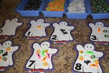 Holidays; Fall Crafts / by Sabrina Solis